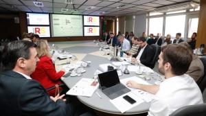 Integrantes do conselho discutiram com Leite metas e planos de ação por programa - Foto: Itamar Aguiar/Palácio Piratin